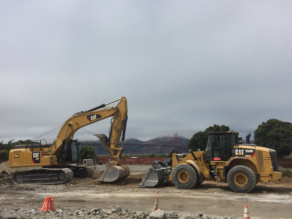 Caterpillar 336F and 950M