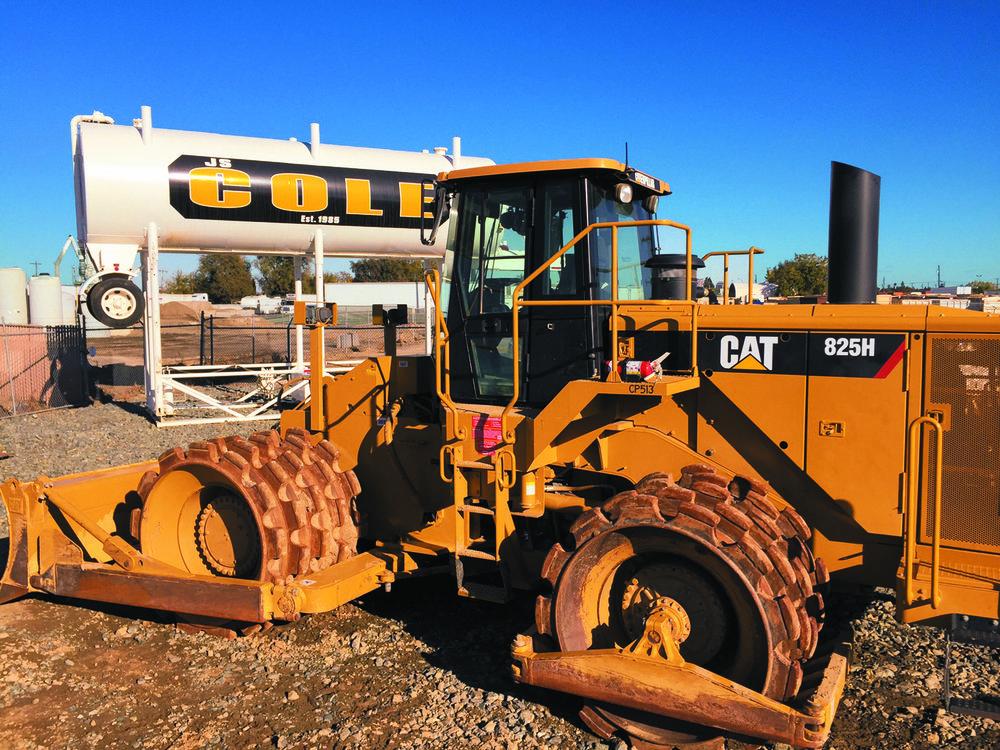 Caterpillar 825H