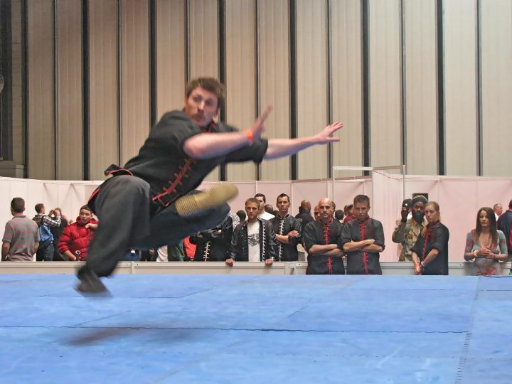 NEC chris Kick fall kung fu demo choy li fut.jpg