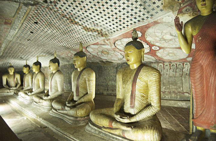 Sri Lanka Norwich Buddhism zen temple hindu buddha cave temple.jpg