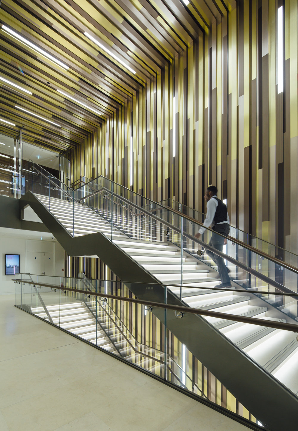 Staircase with Digital Signage & Wayfinding Screens