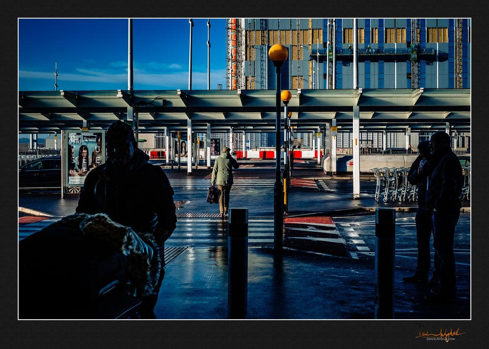 heathrow aiport, arival, architecture, lines, street