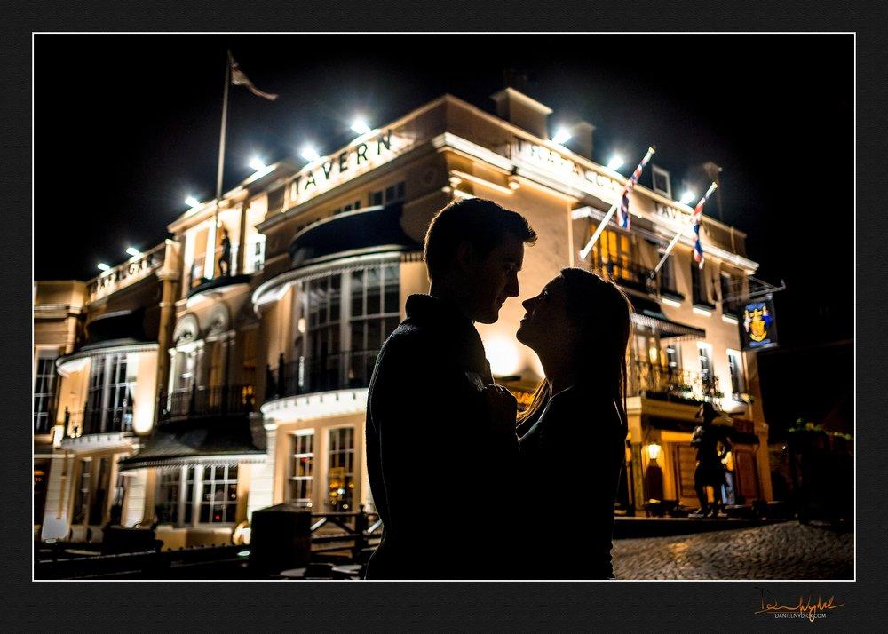 silhouette, love, trafalgar, couple, romance,