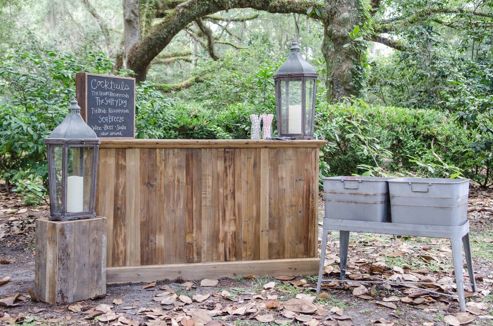 Wooden Bar with Galvanized Double Bin Tub