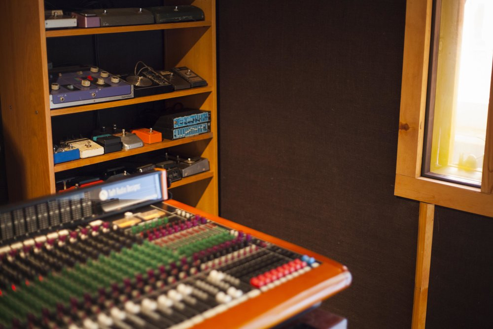 Velveteen Laboratory_Console and pedals.jpg