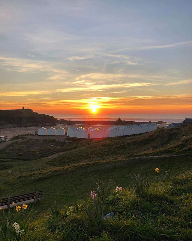What's the best sunset you've seen? 🌄 . . .  #sun #sunset #summer #beach #beachhut #bude #cornwall #weekend #country #countryside #break #holiday #coast #british #nature #naturephotography #summertime #photooftheday #photography #sea #seaside #sand #travel #travelphotography #luxury #fashion #environment #sustainablefashion #ecofriendly #greenlife