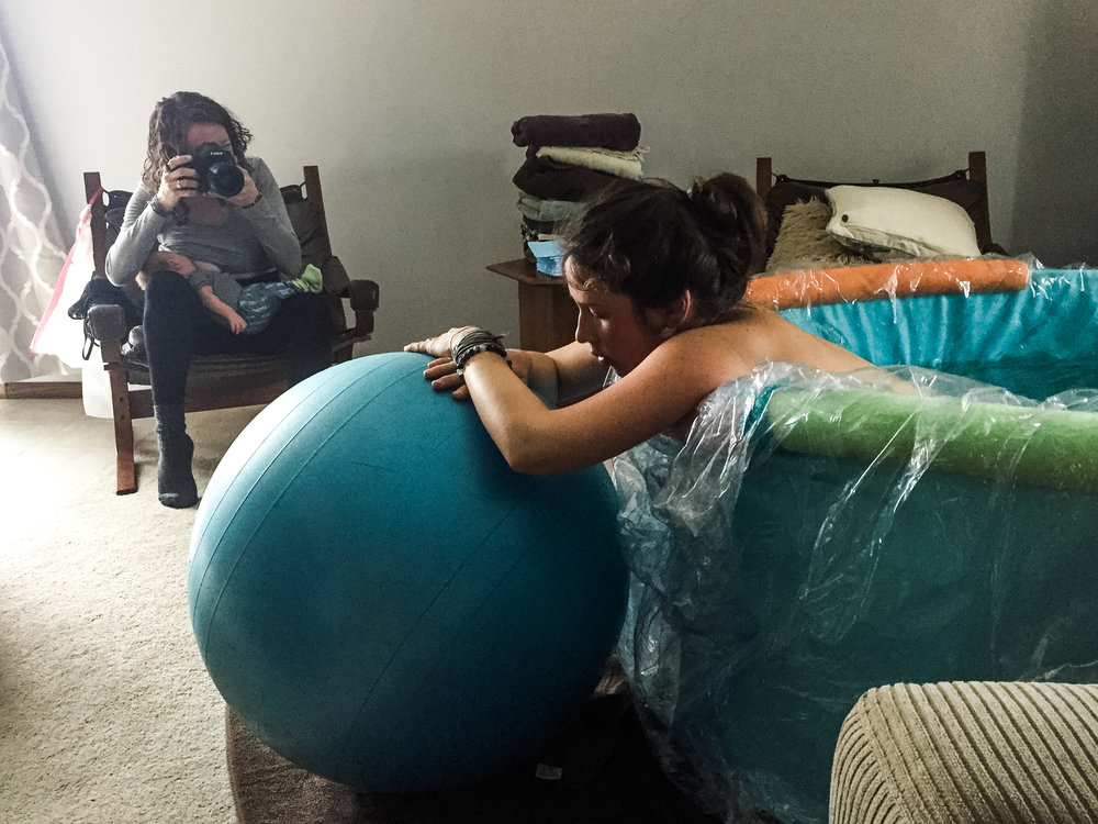 The multitasking of motherhood: nursing while working.