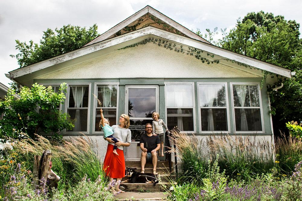 Colorado Springs Lifestyle Family Photographer