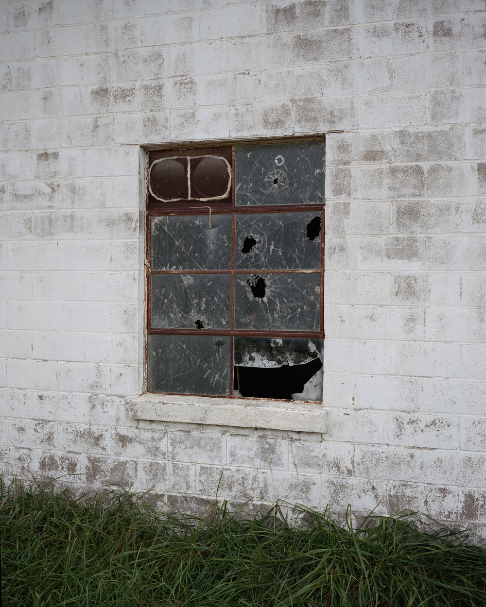 broken window004.jpg