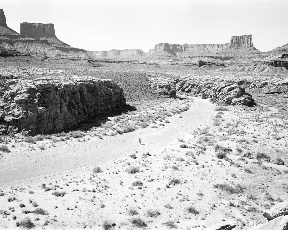desert road001.jpg