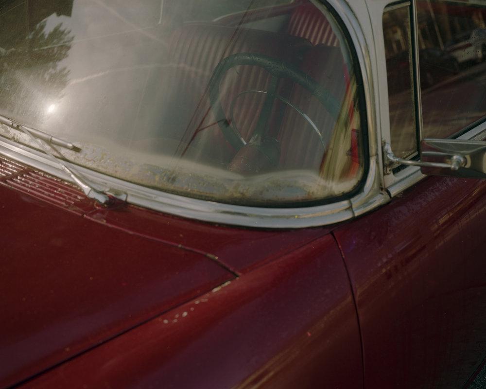 Old Car001.jpg