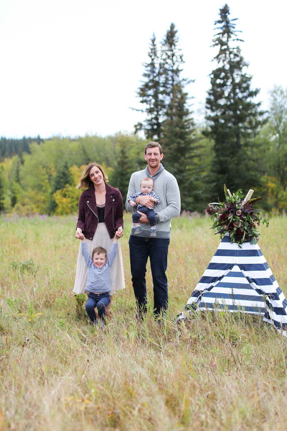 Fall-Family-Creative-Lindsay_Skeans_Photography-16.jpg
