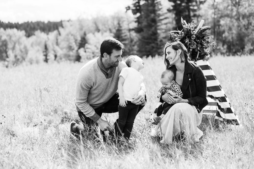 Fall-Family-Creative-Lindsay_Skeans_Photography-24.jpg