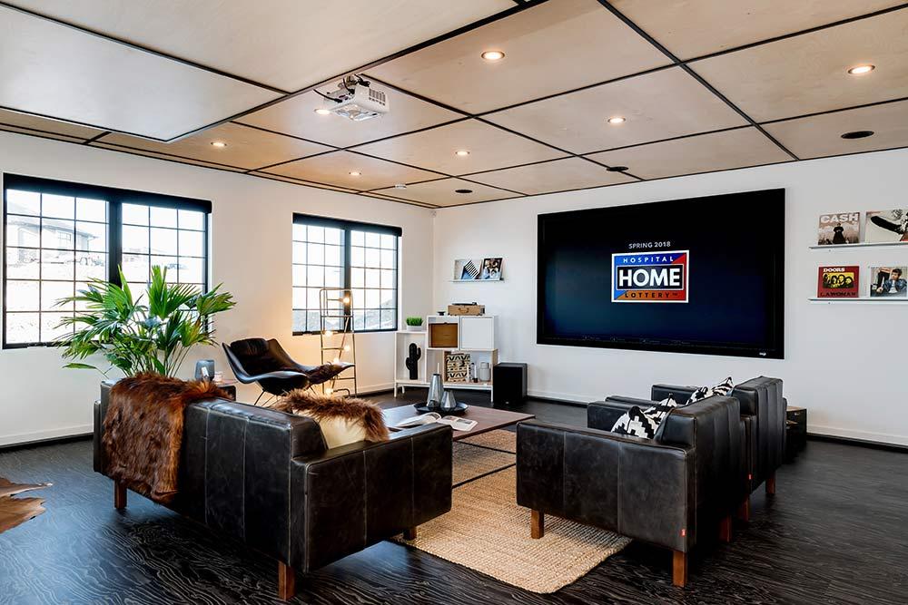 101-Flex Room.jpg
