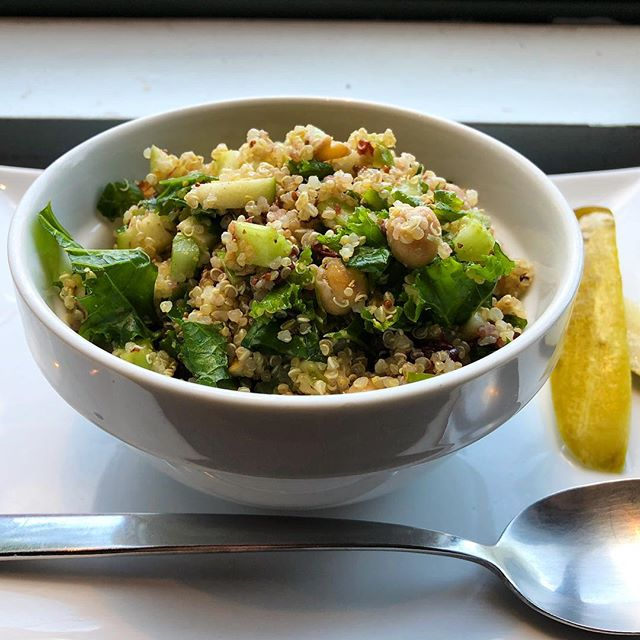 Looking for a bite to eat? Try out our quinoa salad with Granny Smith apples, cranberries, walnuts, chick peas, celery, and kale tossed with a lemon vinaigrette. #kale #quinoa #superfood #salad #healthy #whatdoesntkaleyoumakesyoustronger