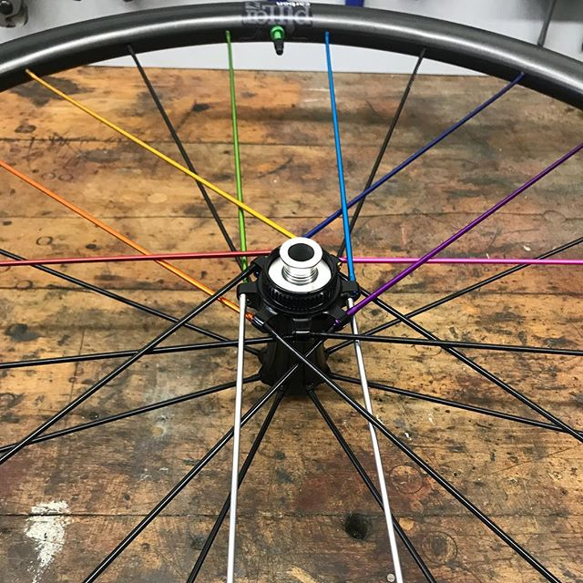 Industry Nine Ultralite CX 240 Carbon wheels make for an amazing ride. This color scheme is called Dark Side of the Moon...this wheelset is coming soon to a new Evergreen build! Stay tuned! #evergreening #myi9 #greatperformance #styleandperformance