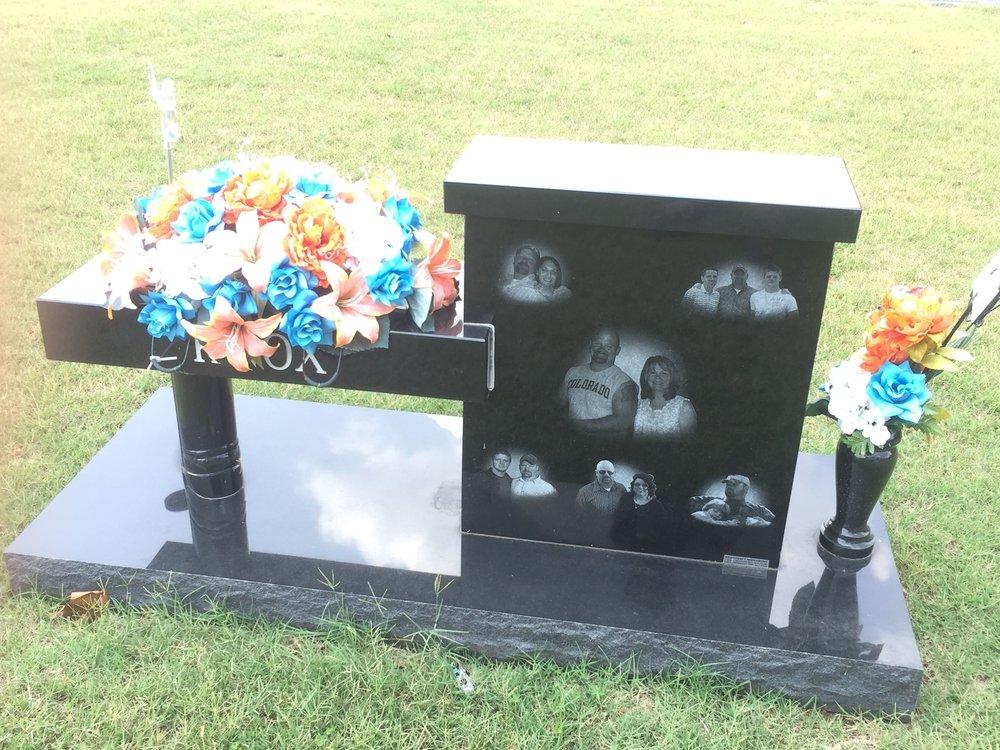 61. Memory Lane Cemetery, Harrah