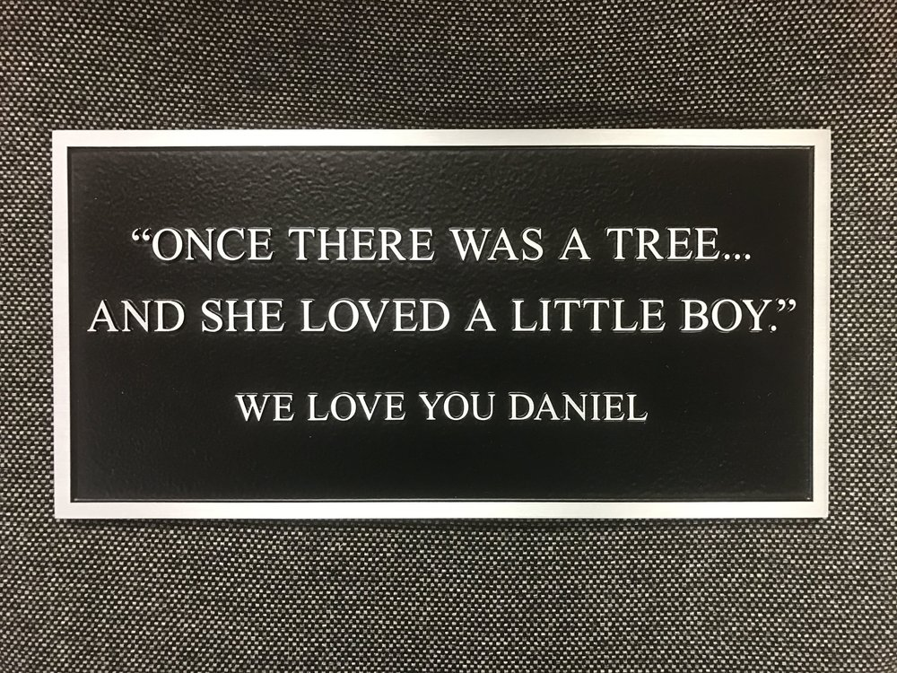 Aluminum Sign - Memorial Plaque - Tree.jpg