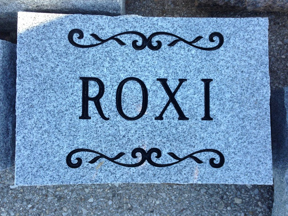 Pet Marker - Granite - Engraved.jpg