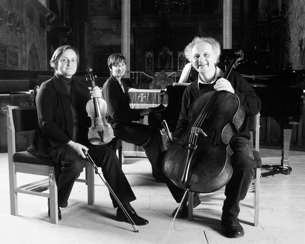 Trio 01-BW.jpg