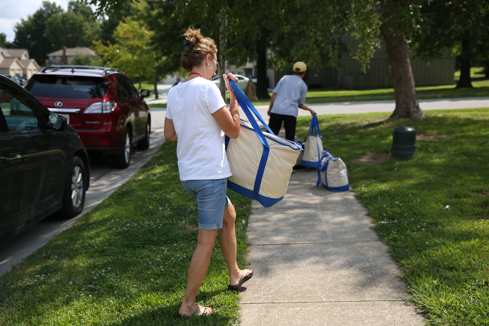 Delivery Team - Help deliver the lunches on weekdays from 11:10am-12:45pm. This offers the best opportunity to get to know the kids and families you serve. Our delivery team is now full for the 2018 season.