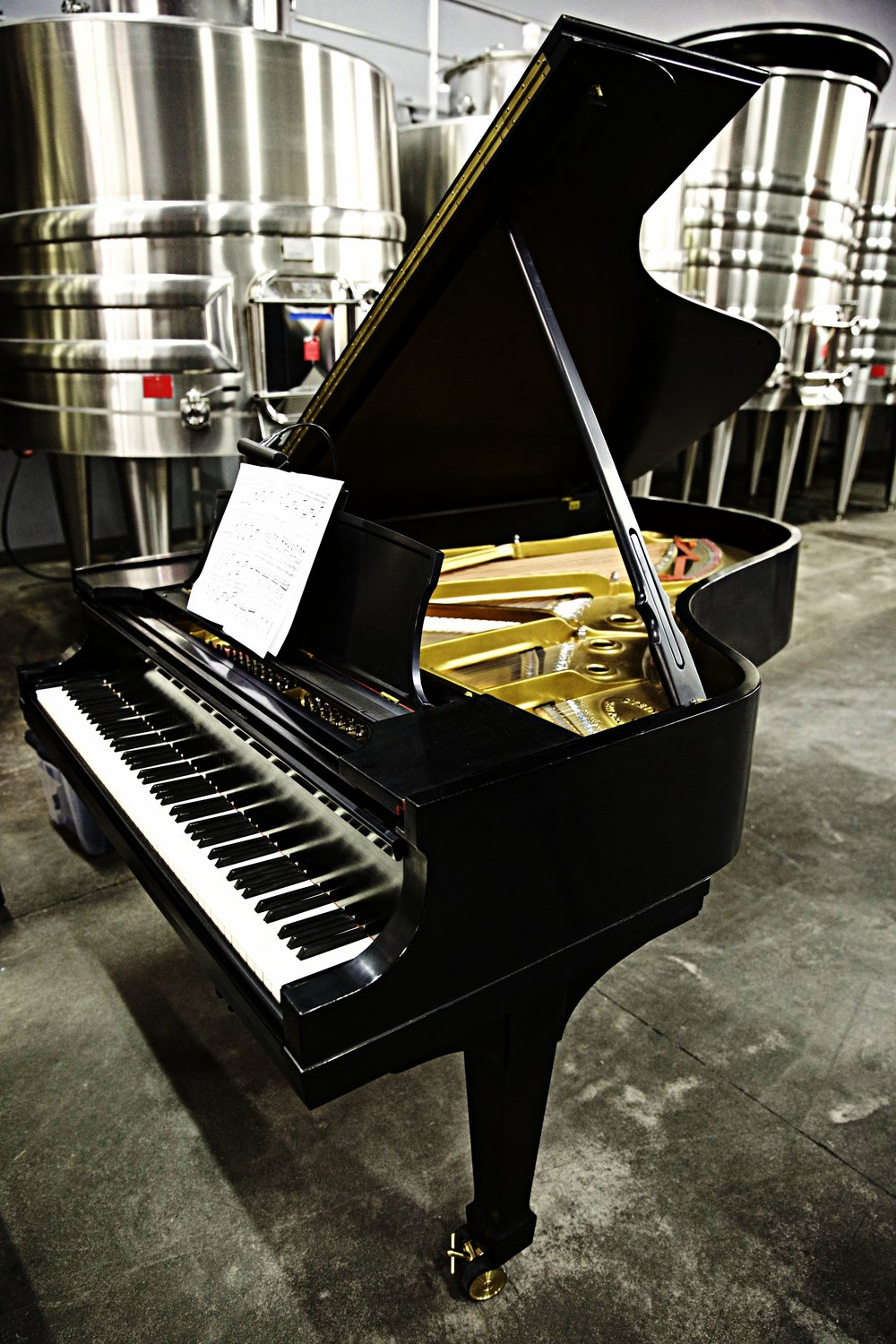 piano-at-the-winery
