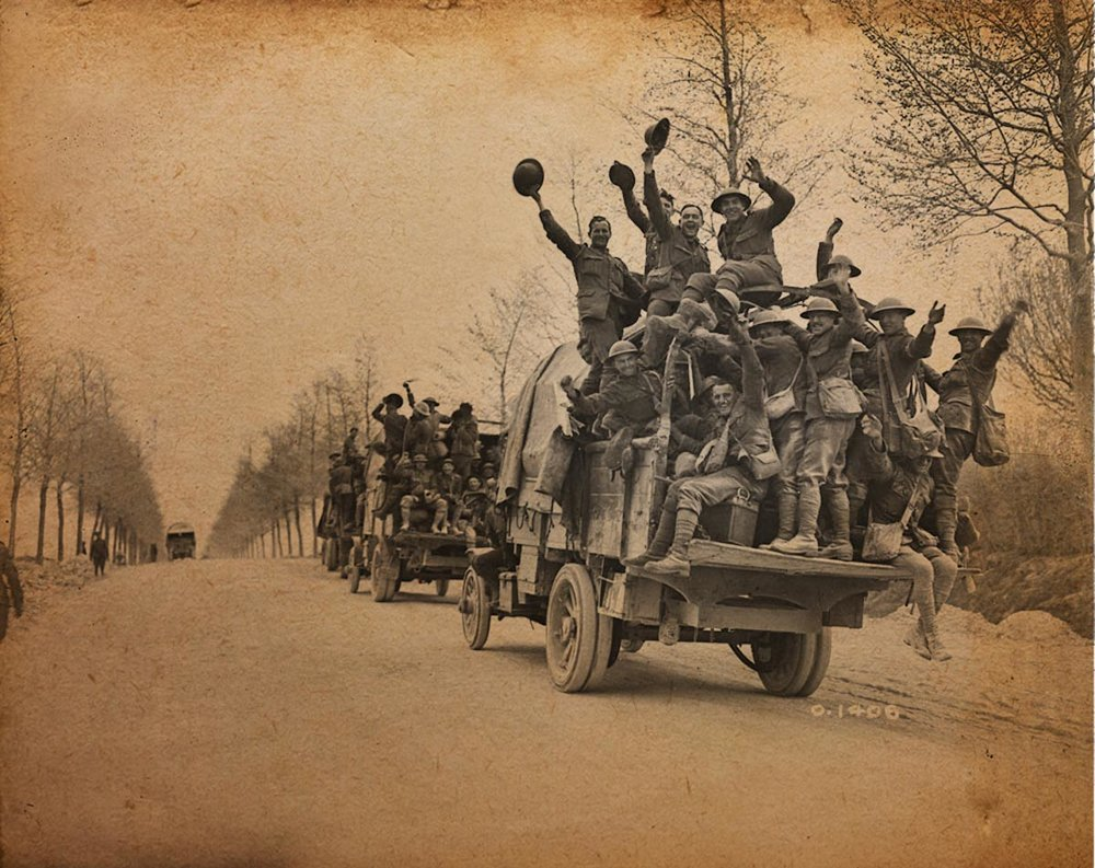 a001451-v8  MIKAN 3520900 Canadian Byng Boys returning after beating the Germans at Vimy Ridge.jpg