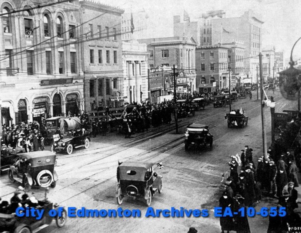 Armistice Day Parade on Jasper Avenue, Edmonton, November, 1918, Photographer:McDermid Studio, Edmonton, City of Edmonton Archives EA-10-655