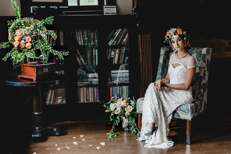 Pittsburgh Vitnage Heirloom Wedding