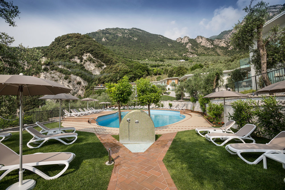 limone_sul_garda_hotel_atilius_piscina100.jpg