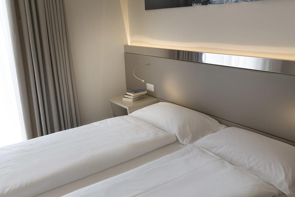 hotel_atilius_limone_camera_doppia_vista_lago_con_balcone405.jpg