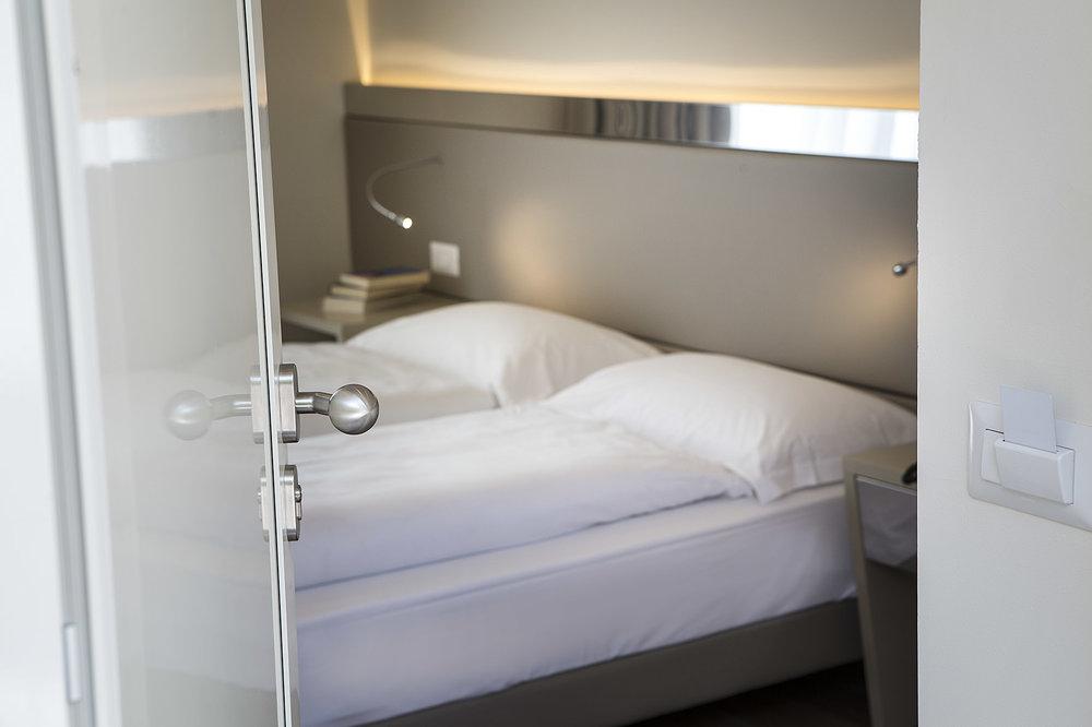 hotel_atilius_limone_camera_doppia_vista_lago_con_balcone412.jpg