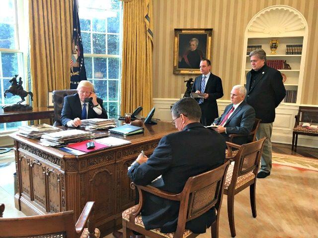 Trump-Putin-Phone-@PressSec-640x480.jpg