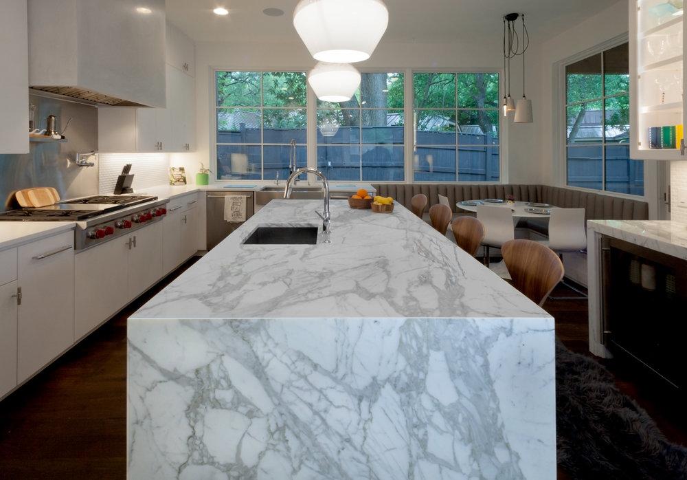 Toor_stone_countertops_marble_austin_taylorsdrive_tarrytown3.jpg