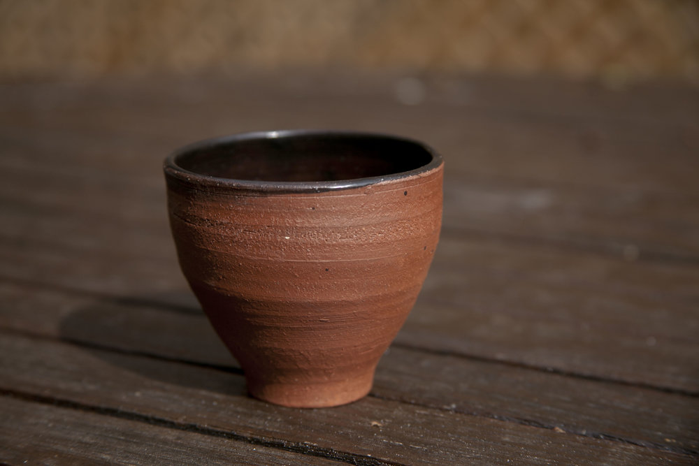 3 2_16_ x 3 7_16_ medium-small tea bowl .JPG