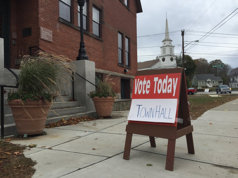 An invitation to vote early in Upton, Mass.