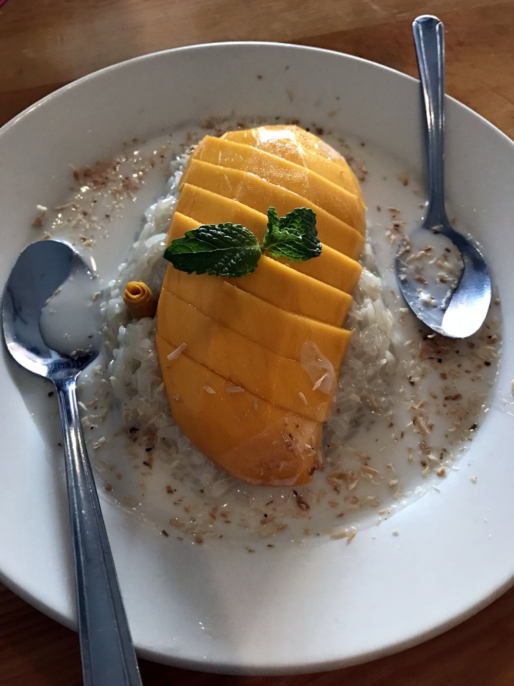 Khao Neow Mamuang: Sweet sticky rice with mango. So, so, SO GOOD!!!