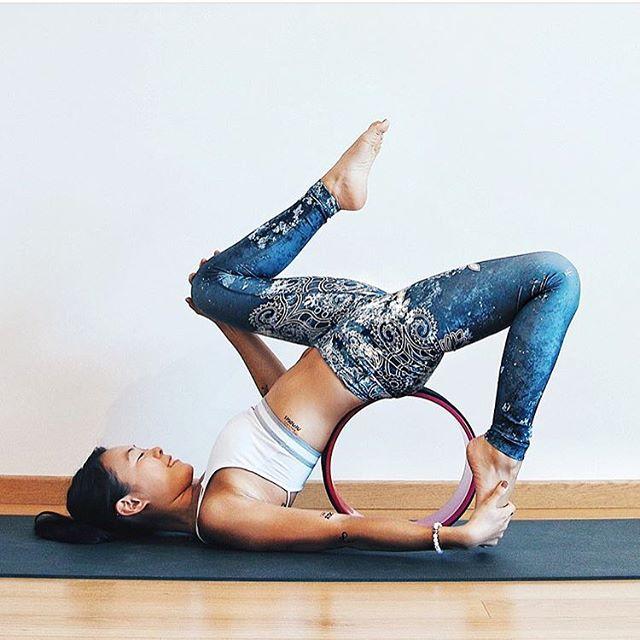 Yoga challenge #flowtowheelpose @sarahuactive wearing Tinyskinscribbles. #flowtowheelpose #yoga #yogacgallange #temporarytattoo #challange @yogagirl #fitness #yogi #pose #lifestyle #iloveyoga