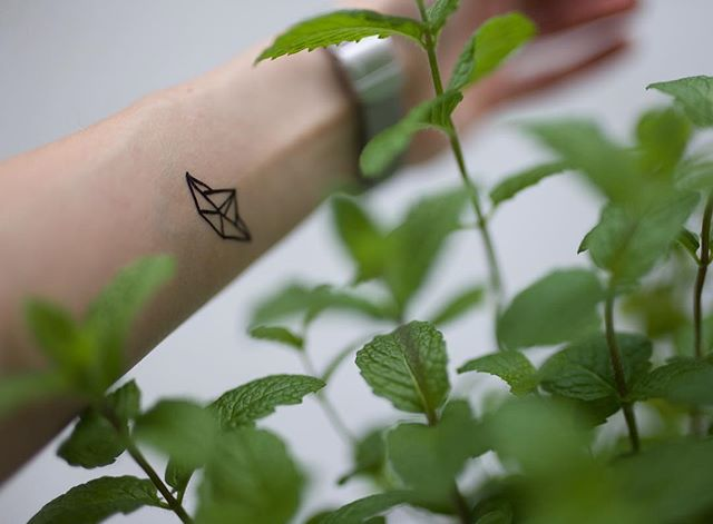 Spring is here :) #origami #temporarytattoo #tattoo #mint #green #spring #nz #nzmade #fashion #plants #lifestyle #nzfashion #nzbloggers #auckland #aucklandlife #aucklandstyle #styleblogger