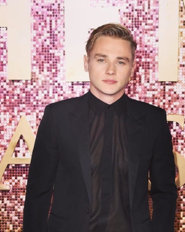 Book your cinema tickets 🎫 tonight Grooming the wonderful @benhardy1 - for @bohemianrhapsodymovie  Always a pleasure. #shiseidoessentialenergy #bohemianrhapsody