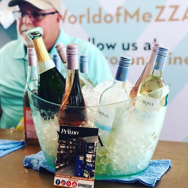 Wine & Food Festival Miami 2019. 🥂🎊🍻🍺🥃🍸🍹🍾🍷 @sobewffest @cpwsflorida @mezzacoronawine @absolutvodka_us @heineken #miami #miamibeach #southbeach #whotelmiamibeach #onehotelmiami #sohohousemiami #faenamiamibeach #setaimiami #beer #wine #spirits #luxurylifestyle #miamilife #sobewff