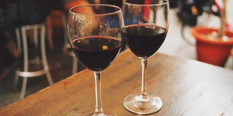 wine-890371_1280 copy.jpg