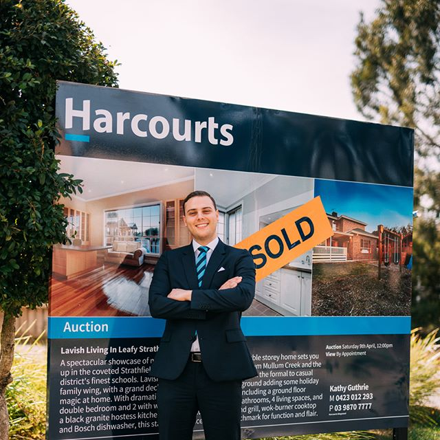SOLD above reserve at $982,660. Great turnout to the auction in this beautiful Strathfield Estate... looking forward to putting down the hammer on the next one!  #sold #auction #abovereserve #harcourts #realestate