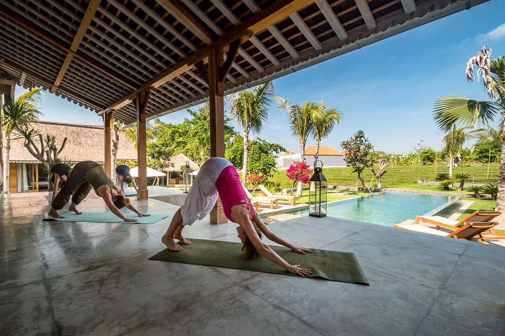 08-villa-mannao-yoga-1.jpg