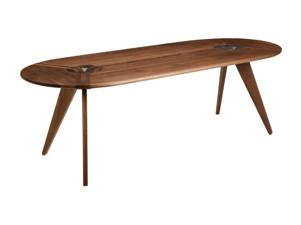 Superbe New Breed Furniture