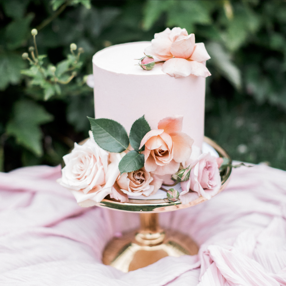 My Sweet Event - A boutique event hire company based in Melbourne, Victoria. We specialise in vintage, rustic and one-of-a-kind hire pieces to complement Melbourne weddings and events. From blackboards, lawn games and bars, we have that special something for all our client.