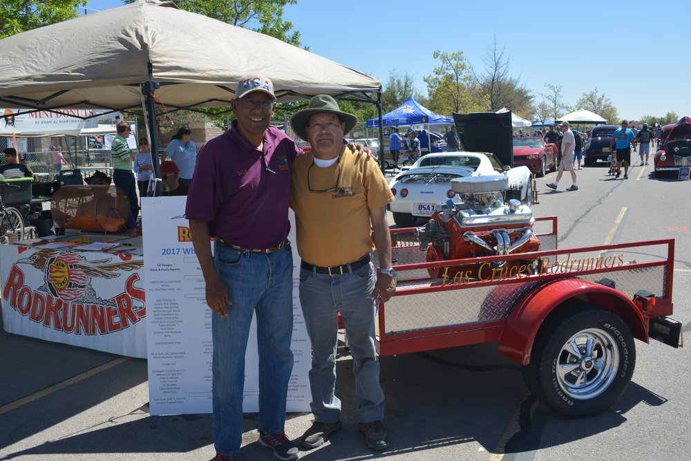 Winner 2017 Engine - Mike Medrano  (right) with club president Dick Diaz.JPG