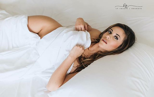 This beauty is as inspiring as she is stunning. 📸by my dear friend @lt_images .  #elishaseatonmakeup #raleighmua #fayettevillemua #northcarolinamakeupartist #promua #industrypro #promakeupartist #gorgeous #boudoir #naturalmakeup #photoready #makeup #glam #flawless #girlboss #dreambig #workharder #beauty #colourboxmakeupalumni #lovewhatido #kohgendo #ritueldefille #beccacosmetics