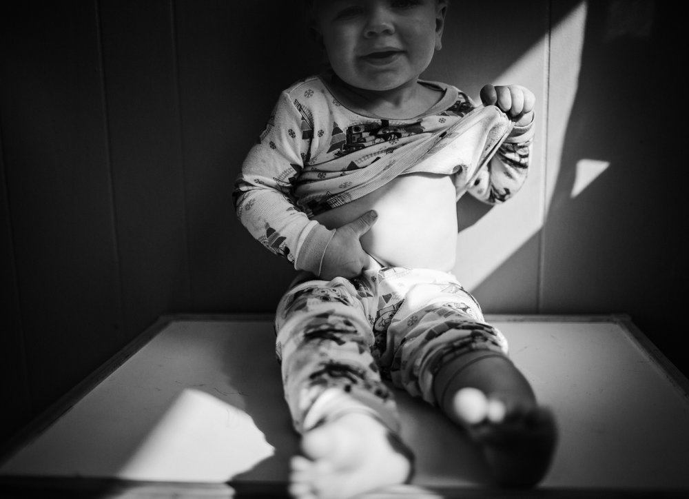 Hope Arises, Sunrise, Sunset, Family Lifestyle photography, toddlers, children, laura duggleby photography, black and white images -19.JPG