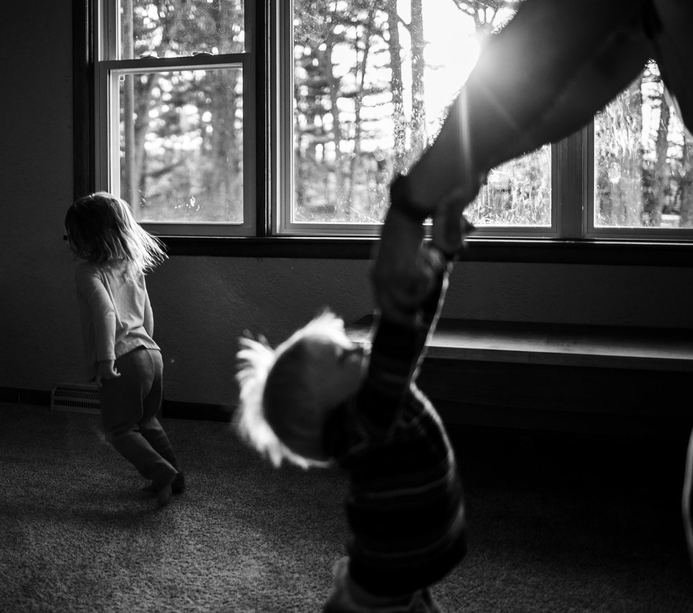 Hope Arises, Sunrise, Sunset, Family Lifestyle photography, toddlers, children, laura duggleby photography, black and white images -32.JPG